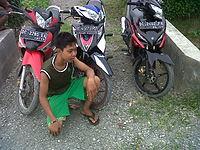 Yovie_N_Nuno_Ft_Airlangga_And_Bayu_Satrio_Lebih_Baik_Aku.mp3